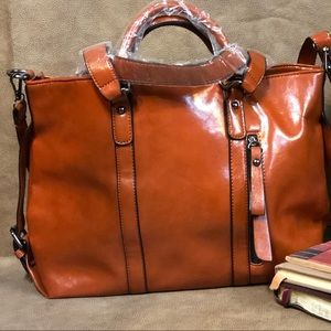 🍂🍁🍂 Brand new Leather Bag!